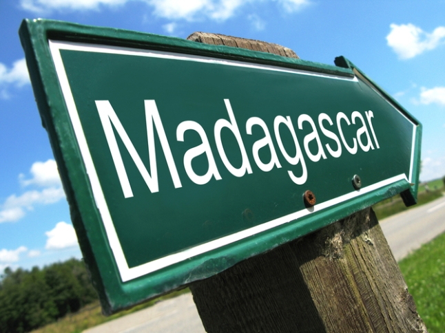 1 Madagascar road sign shutterstock_68004232-thumb-670x502-11419