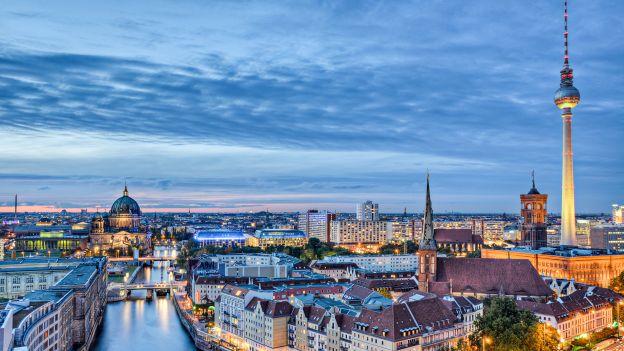 http://www.deabyday.tv/hobby-e-tempo-libero/viaggi/guide/680/Come-visitare-Berlino--cosa-vedere-e-perch-.html